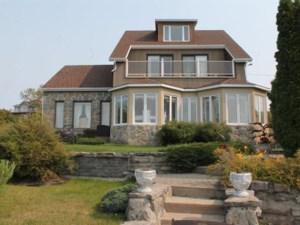 17324425 - Maison à étages à vendre