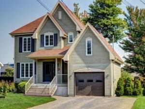 18708149 - Maison à étages à vendre