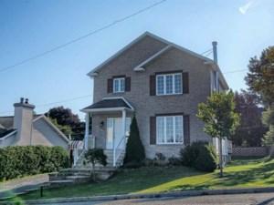 19386312 - Maison à étages à vendre