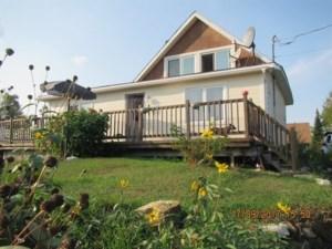 12475884 - Maison à étages à vendre