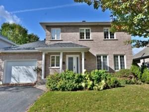 17651993 - Maison à étages à vendre