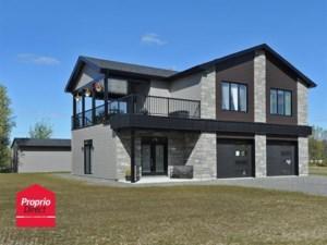 19060602 - Maison à étages à vendre