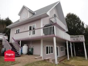 17623521 - Maison à étages à vendre