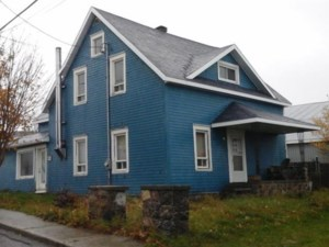 18034883 - Maison à étages à vendre