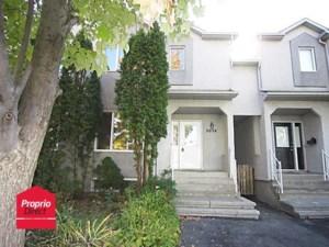 11568307 - Maison à étages à vendre