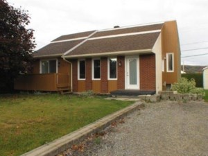 16452025 - Maison à paliers à vendre
