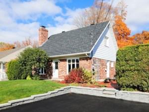 20342599 - Maison à étages à vendre