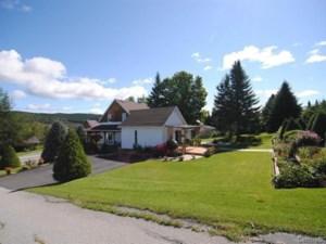 14940037 - Maison à étages à vendre