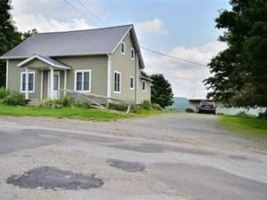 20642102 - Maison à 1 étage et demi à vendre