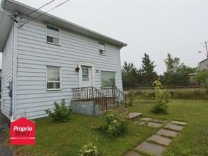 23913059 - Maison à étages à vendre