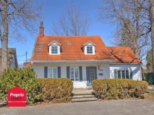 25929219 - Maison à étages à vendre