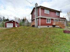 18376839 - Maison à étages à vendre