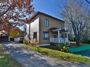 28281099 - Maison à étages à vendre