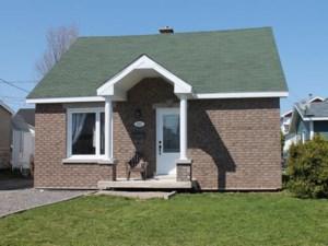 24217901 - Maison à 1 étage et demi à vendre