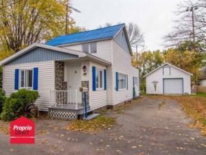 28129951 - Maison à étages à vendre