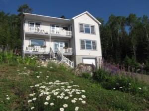 23468936 - Maison à étages à vendre