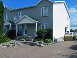 21070677 - Cottage-jumelé à vendre