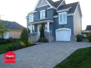 20700528 - Maison à étages à vendre