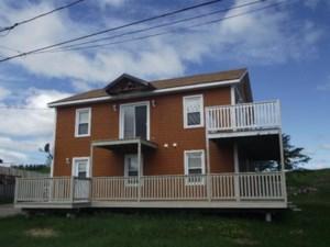 16933945 - Maison à étages à vendre