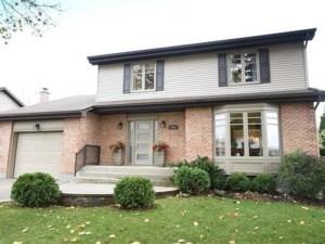 14435171 - Maison à étages à vendre