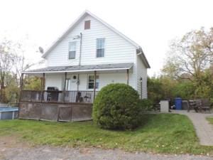 22842250 - Maison à 1 étage et demi à vendre
