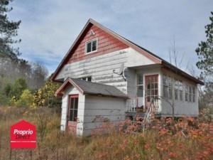 21517215 - Maison à étages à vendre