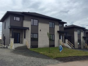 22035141 - Cottage-jumelé à vendre