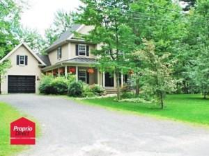 15794085 - Maison à étages à vendre