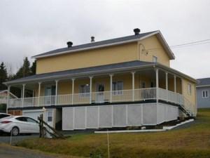 14735702 - Maison à étages à vendre