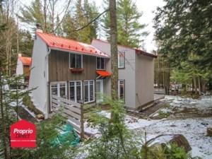 22859301 - Maison à étages à vendre