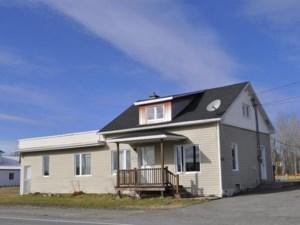 14465330 - Maison à 1 étage et demi à vendre