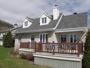 16478042 - Maison à étages à vendre