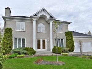 21606000 - Maison à étages à vendre