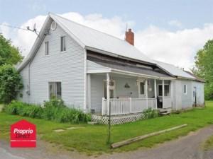 27125444 - Maison à étages à vendre