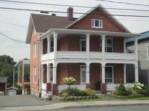14034239 - Maison à étages à vendre