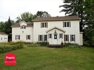 25647460 - Maison à étages à vendre