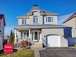 22423336 - Maison à étages à vendre