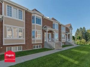 11033382 - Maison à étages à vendre