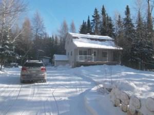 17597165 - Maison à étages à vendre