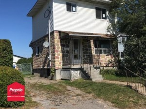 15067124 - Maison à étages à vendre