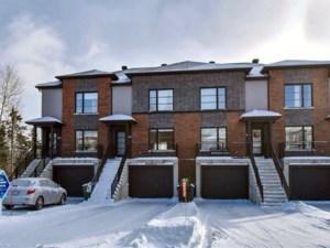 24002697 - Maison à étages à vendre