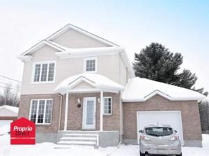 11592533 - Maison à étages à vendre