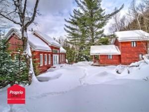 18884640 - Maison à étages à vendre
