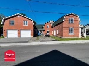 12078975 - Maison à étages à vendre