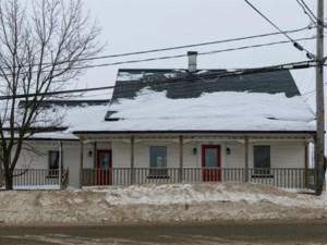 14227128 - Maison à étages à vendre