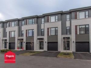 18074330 - Maison à étages à vendre