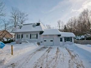 11623306 - Maison à étages à vendre