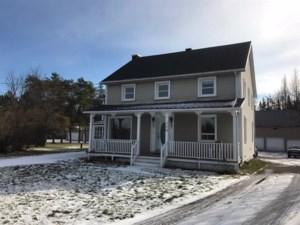 17109273 - Maison à étages à vendre