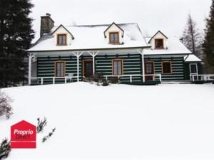 10712095 - Maison à étages à vendre