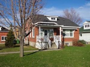 13824147 - Maison à 1 étage et demi à vendre
